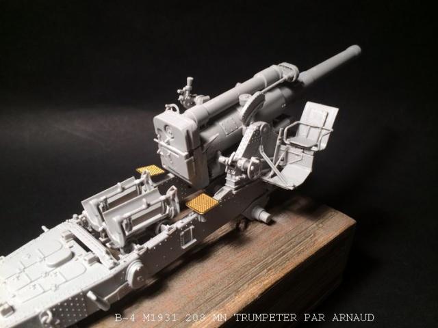 un B-4 M1931 203 mn (le marteau de Staline trumpeter 1/35 568469B4005