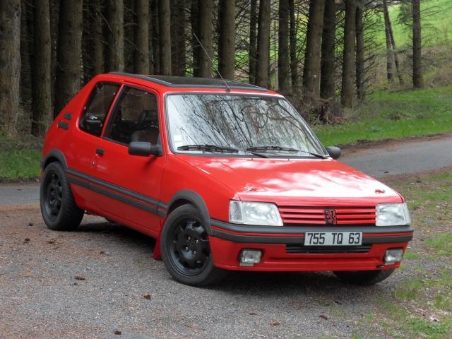 [AutoRétro-63]  205 GTI 1L9 - 1900cc rouge vallelunga - 1990 572937SDC17779