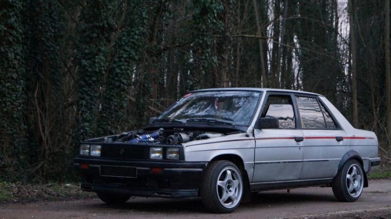 Mimich et sa R9 Turbo (du moins ce qu'il en reste) 578653DSC01058