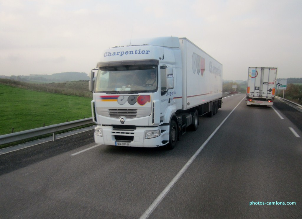 Charpentier (Le Pallet, 44)(groupe CTD) 578814photoscamions26X201256Copier