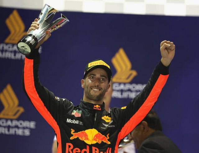 F1 GP de Singapour 2017 : Victoire Lewis Hamilton  581384848379998