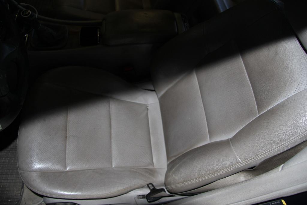 Pulizia Interni in Pelle - Mercedes C220 LETAMAIO 581962IMG1389