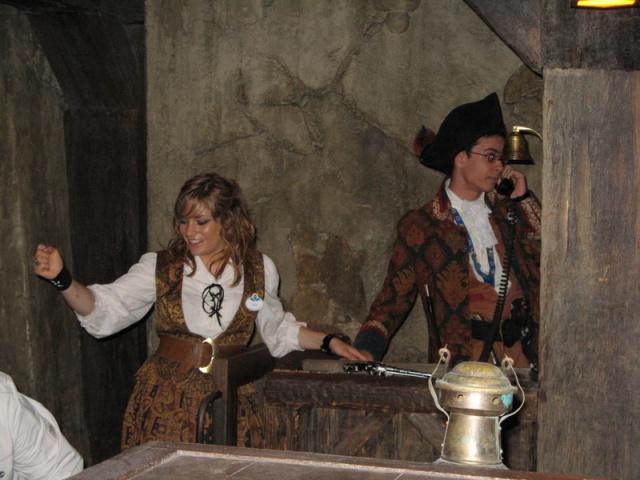 Les costumes des Cast members 583451Pirates2