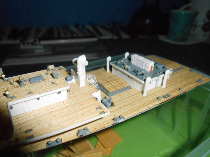 Hikawa Maru hopital 1/350 PE/pont en bois et babioles  - Page 2 586215DSCN5632