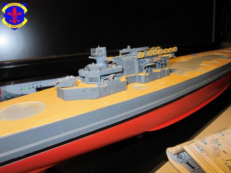 Croiseur de bataille Scharnhorst  au 1/350 de dragon - Page 6 594416IMG1379L