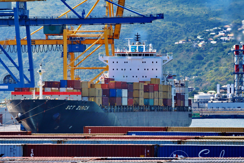 [Vie des ports] Les ports de la Réunion - Page 9 598247portest081