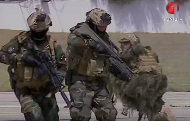 Armée Tunisienne / Tunisian Armed Forces / القوات المسلحة التونسية - Page 4 598274sss
