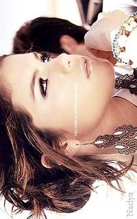 Selena Gomez - 200x320 601606vavaethna21