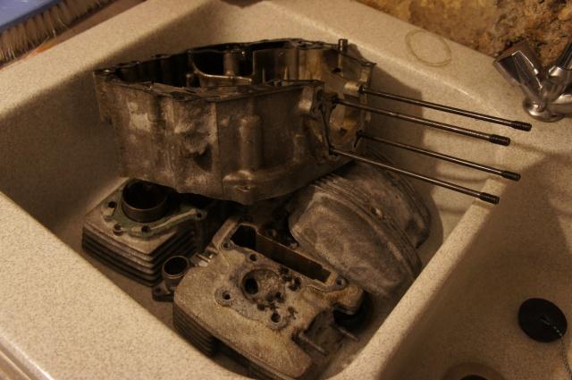 Nettoyage moteur F 800 R : parfois je craque ! 601798DSC00150