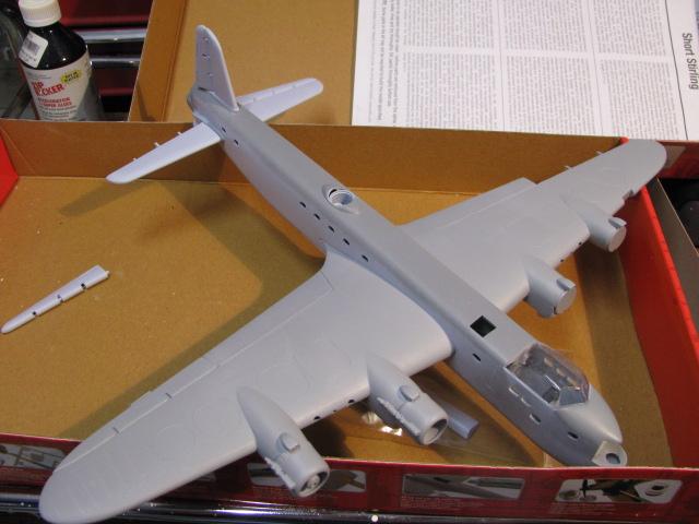 Short Stirling MkIII BF513 75 RAF Sqn Airfix 1/72.... définitivement arrêté. 603215IMG0351