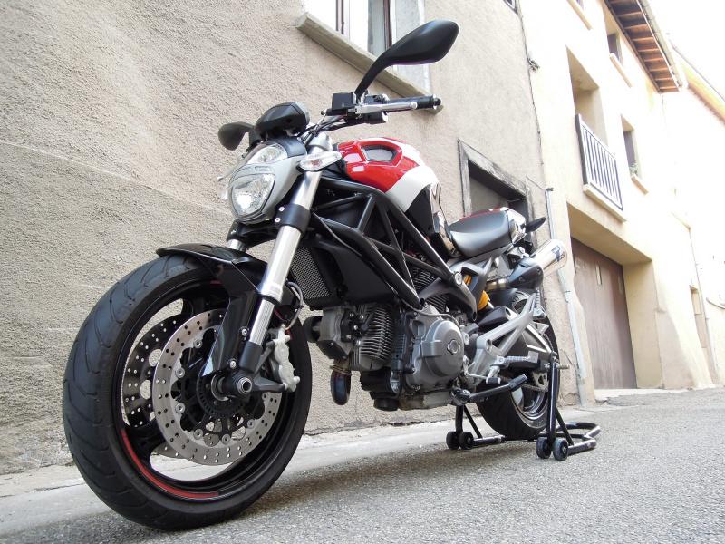 Ducati Monster 696 606488DSCN0587