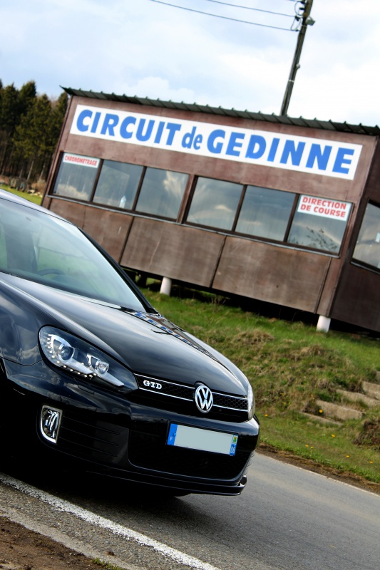 Golf 6 Gtd black - 2011 - 220 hp - Attente Neuspeed - question personnalisation insigne - Page 6 606812IMG1492bis