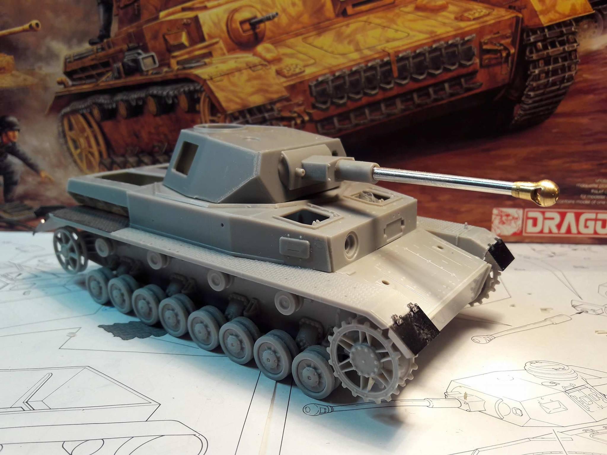 PzKpfw. IV Ausf. F2 - Dragon 6073652112316810212176745148382188323138o