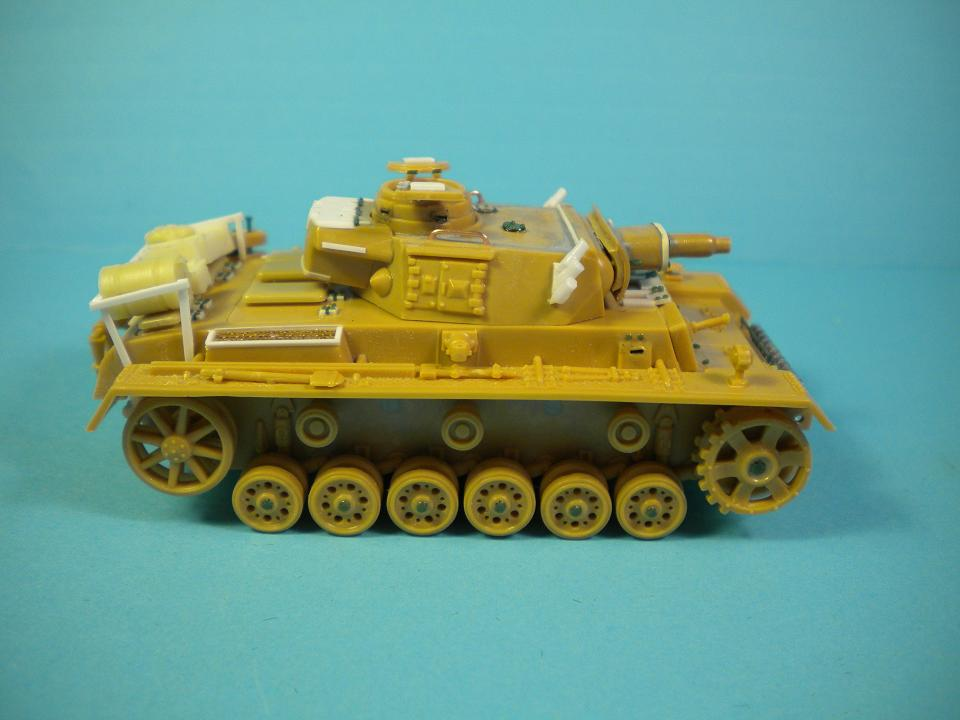 Panzer III Ausf.N - 1/72° - Page 2 6098101