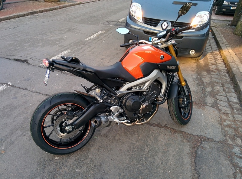 Photos de toutes les Yamaha MT-09 du forum ! :) 613774YStaz47