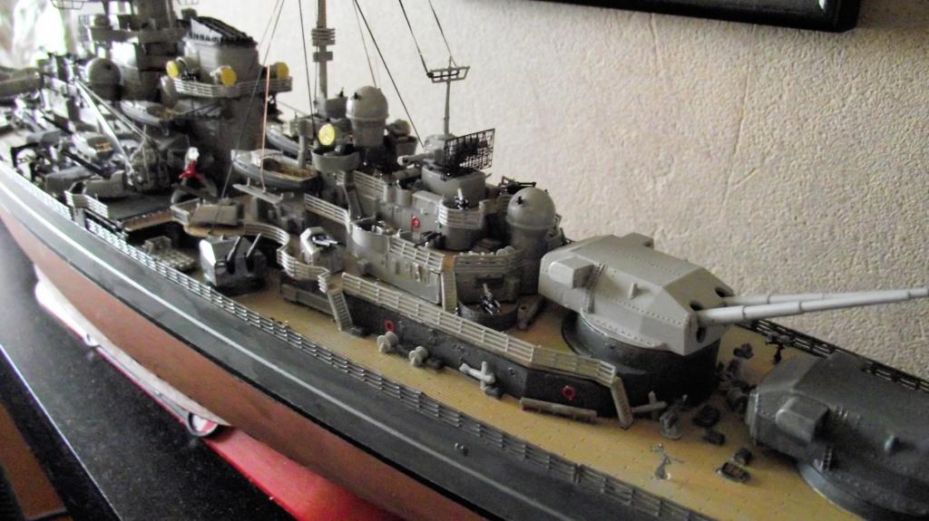 Tirpitz Revell au 1/350° 620516TipitzRevell1x35017