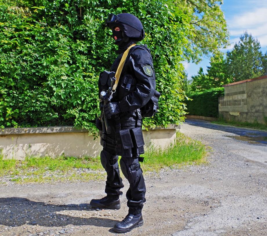 Black Unit FSB 62229520130609195341
