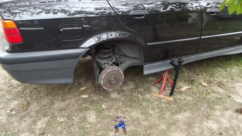 [BMW 316i E36 M40 1992] Tutoriel + photos freinage arrière tambours (résolu) 6229502Ctpassagerchandelle