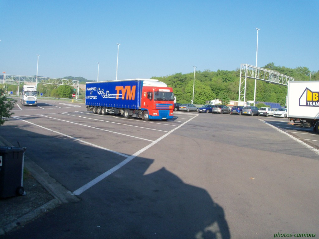 TYM (Transports Yvan Muller) (groupe Dupessey) (Illzach, 68) 622996Photoscamions1Copier