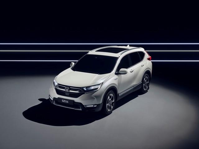 Honda dévoile le prototype du futur CR-V hybride au salon automobile de Francfort 623048113237HondatounveilCRVHybridPrototype
