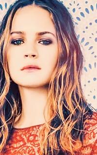 Britt Robertson avatars 200x320 Pixels   629335britt4
