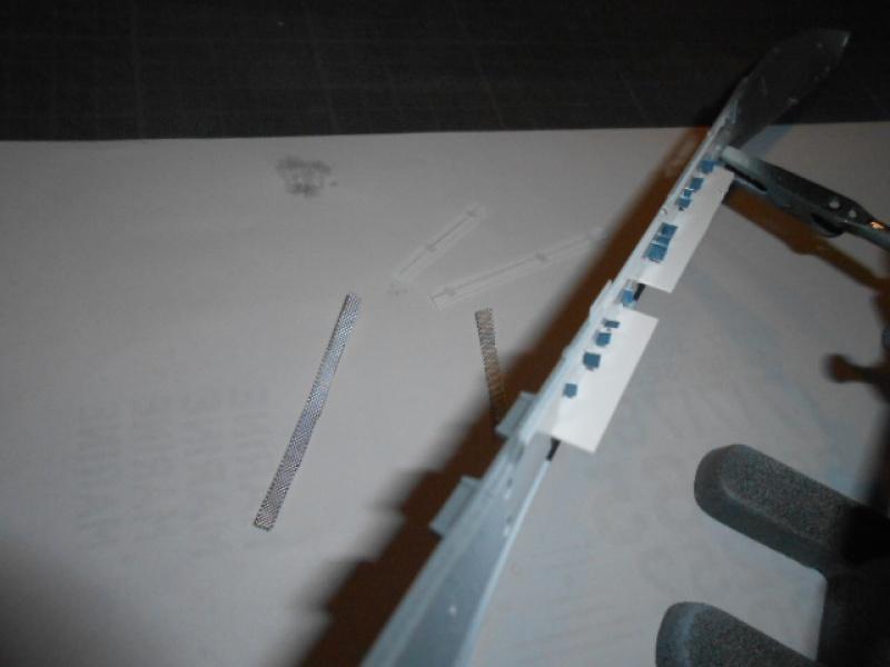 Saratoga tamiya 1/700 PE+Pont en bois par lionel45 - Page 7 635088s008