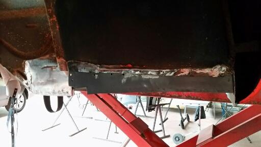 La merguez va enfin refaire ses planchers 639307restau16
