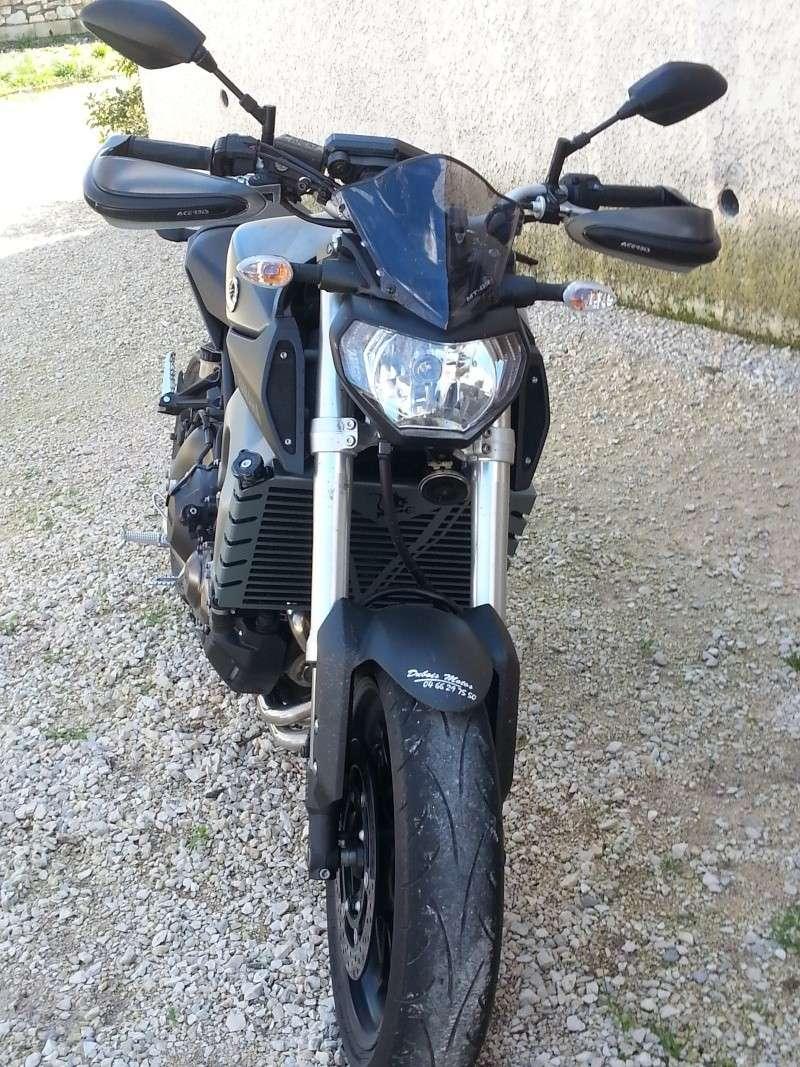 Photos de toutes les Yamaha MT-09 du forum ! :) 640567YStef30mt0910