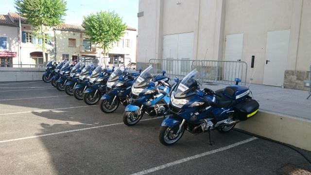 CR & Photos & Vidéo : TSO 03/05/15 La Gendarmerie en Balade et Spectacle à Castelnaudary  640666Gend07