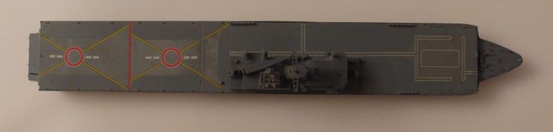 JMSDF LST Osumi 1/700 (Tamyia) 642338P1070979