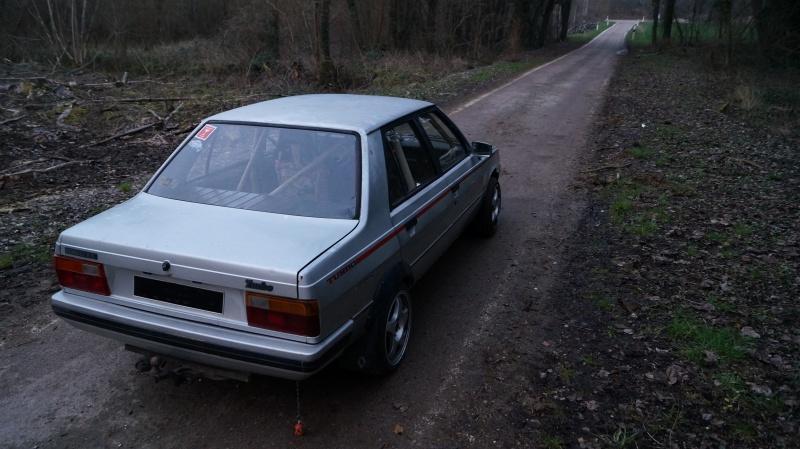 Mimich et sa R9 Turbo (du moins ce qu'il en reste) 650907DSC01068