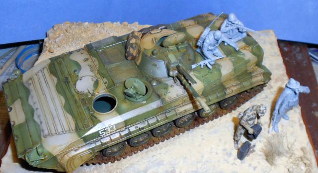 BMP-1 ESCI 1/35e 654538Aot2011176
