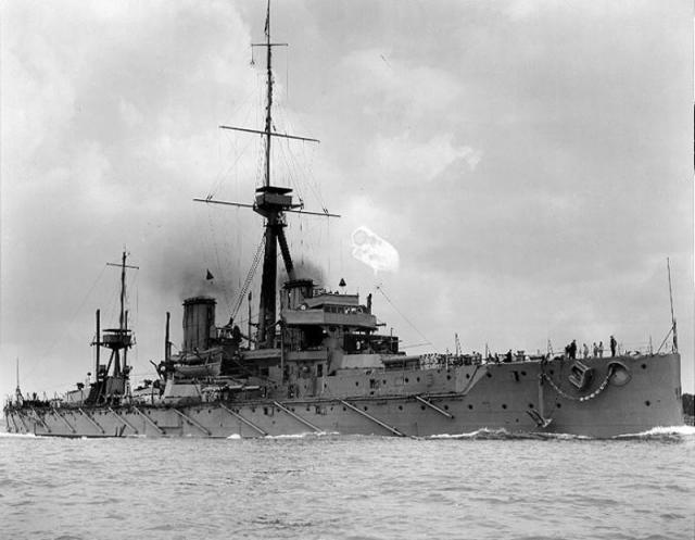 SOUS MARIN NUCLEAIRE D'ATTAQUE HMS DREADNOUGHT 655157HMS_Dreadnought
