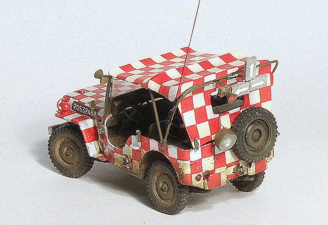 Les derniers arrivent. Jeep USAAF - Italeri 1/35 - (update du 13/10/15). 655434018