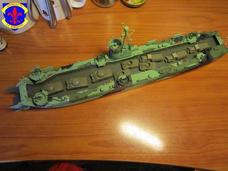 U.S. Navy Landing Ship Médium (Early) au 1/144 de Revell par Pascal 94 - Page 14 657696IMG44181
