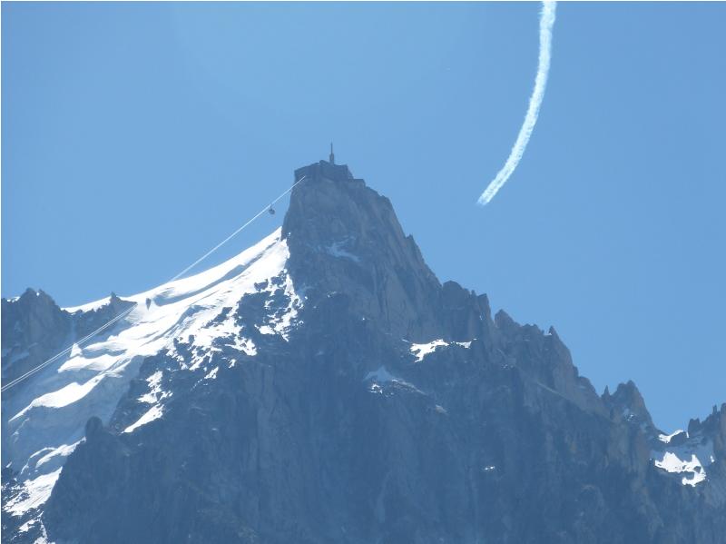 2012: le 01/08 à 12h06 - Chamonix : Photo d'un OVNI furtif ? (74)  - Page 4 658408Verveine7