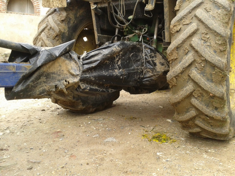Concours du tracteur le plus cradingue 65961620120427100256