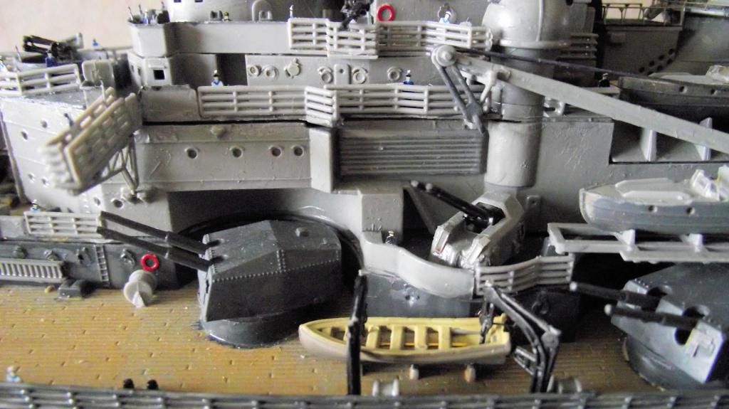 Tirpitz Revell au 1/350° 660843TipitzRevell1x35013