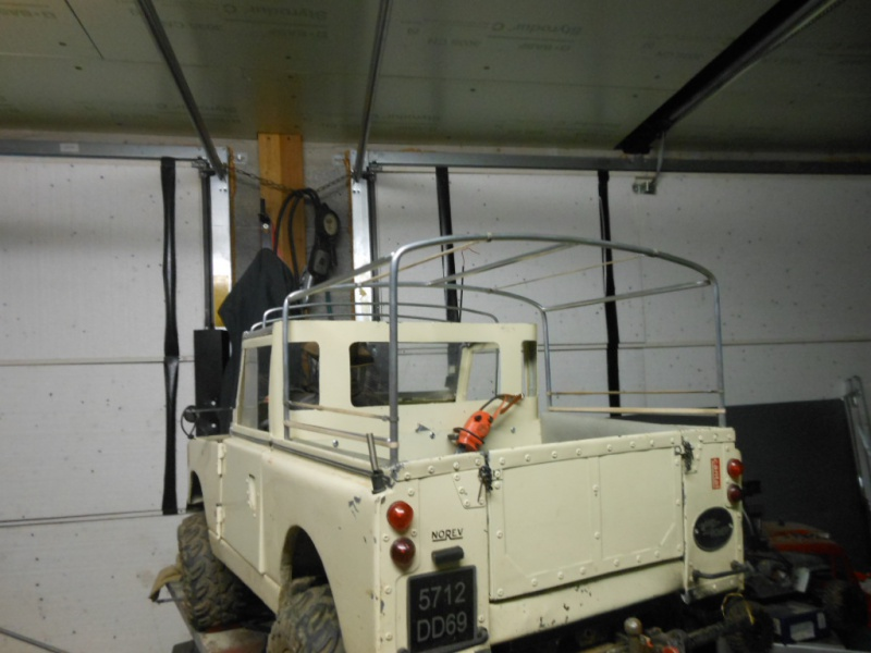 Erik : carrossier voitures miniatures , artisan formeur de tôle 661128DSCN5405