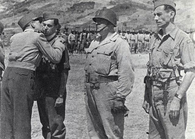 Le Bataillon de Choc 1943/1963. Photos. 666523medailleelbe21
