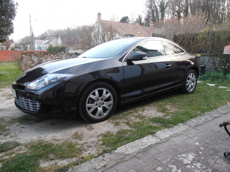 [djé 77] Laguna III coupé 2L dCi 150ch Black Edition 669085P4020017
