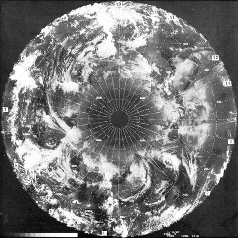 Le mythe des ouvertures polaires 676868ESSA36janvier1967poleNBD