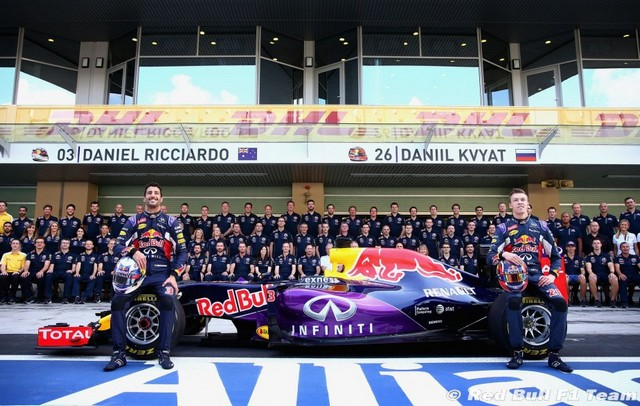 F1 GP d'Abu Dhabi 2015 : Victoire Nico Rosberg 6781052015redbullf1team1