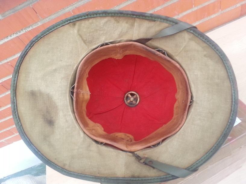 Montrez vos casques tropicaux - Page 3 68036220131121093446