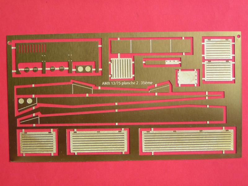 Conversion et détaillage de l'AMX 13/75 de HELLER au 35ème 682247PICT0005