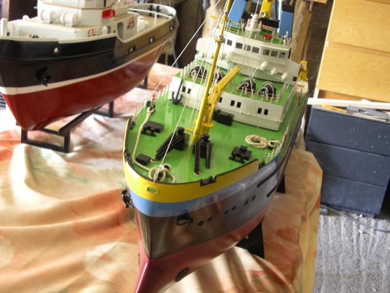 Remorqueur Smit Rotterdam (Billing Boats 1/75°) de Henri - Page 4 682667IMGP0635