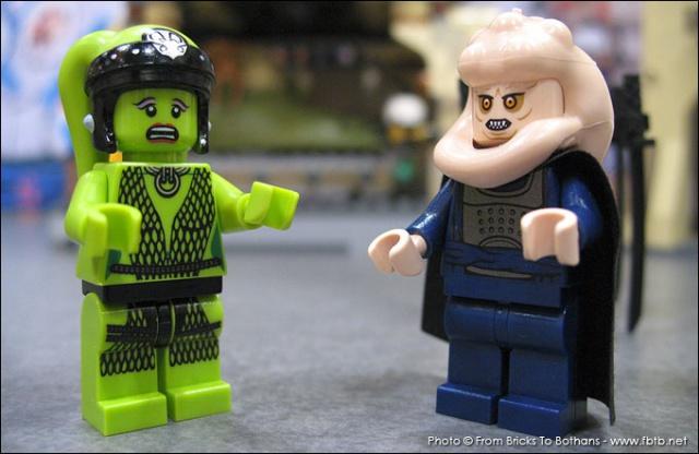 LEGO STAR WARS - 9516 - Jabba's Palace 6833219516JabbaPalaceOolaetBibFortunaMinifiguresNYToyFair2012thumb