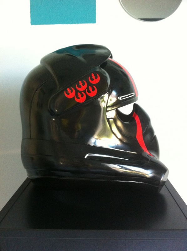 CASQUE PILOTE TIE THE FORCE AWAKENS N°2 684936IMG4127