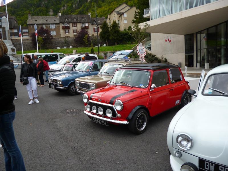 quelques autos au tour cycliste international de L'Ardèche  685506tourcyclisteardche2017le1009010