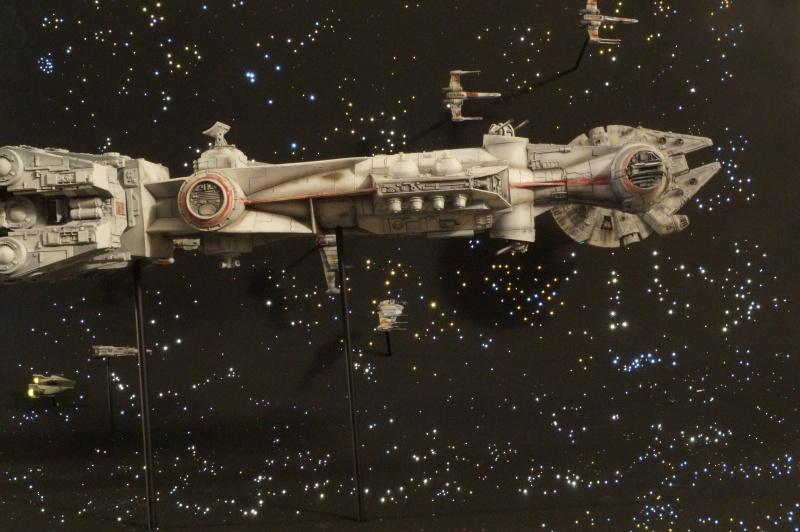 STAR WARS : Diorama Flotte rebelle - Page 4 685553DSC00806